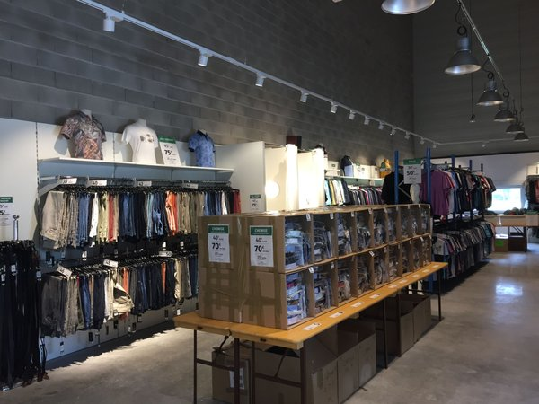 magasin-usine-mise-au-green
